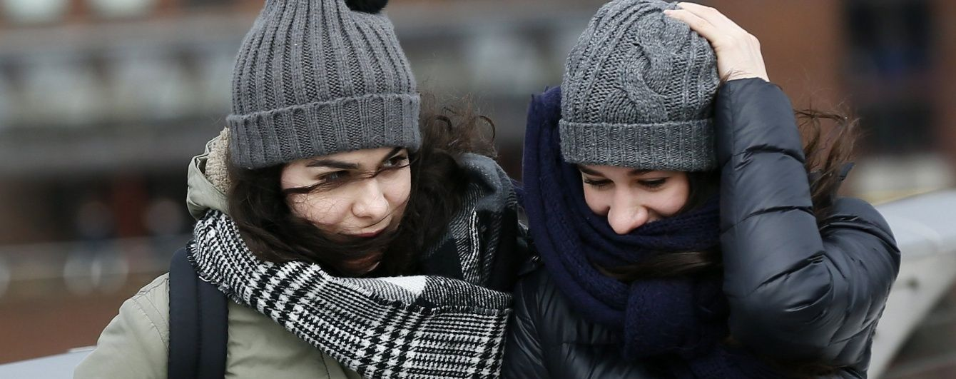 У середу погоду в Україні зіпсують поривчастий вітер та сильні дощі