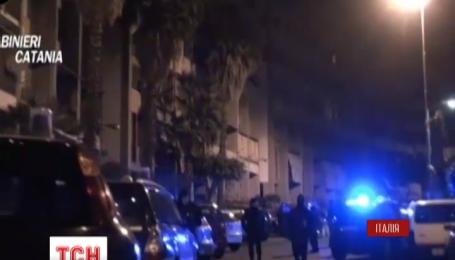 Более ста человек задержаны в Италии и за рубежом за мафиозную деятельность