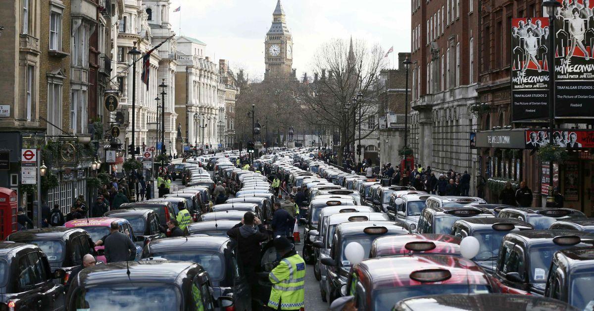 Протест таксистів у Лондоні.