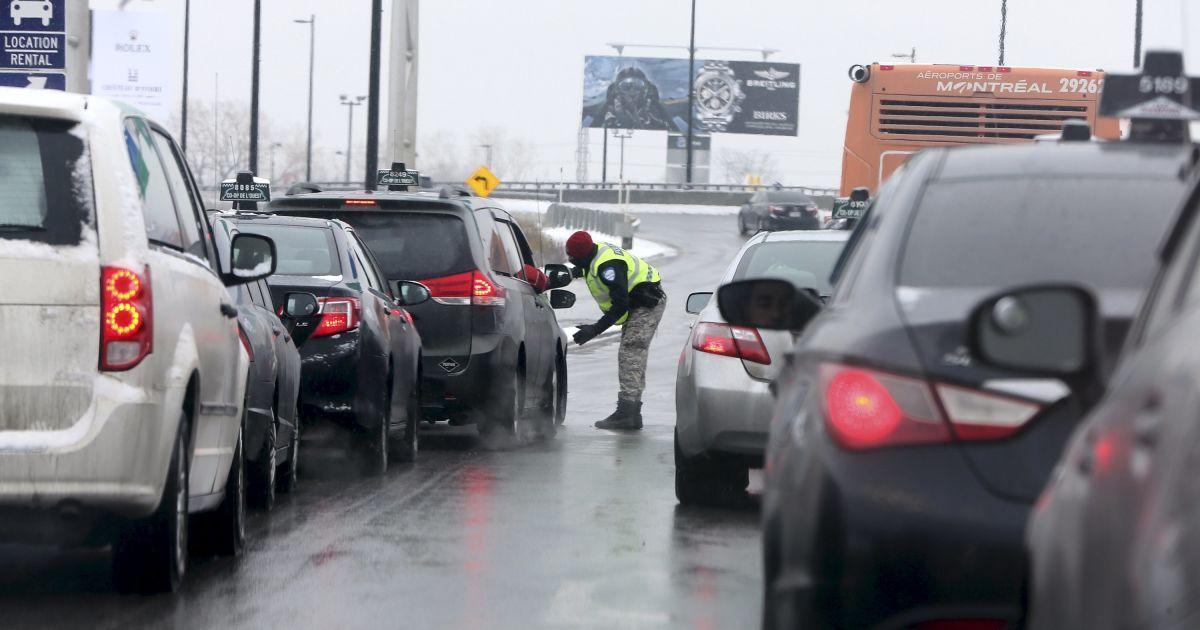 Протест таксистів у Монреалі.