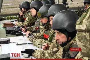 """За навчаннями на """"бунтівному"""" військовому полігоні спостерігають іноземні аташе"""