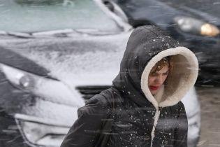 Погодний оксиморон. Тиждень почнеться з потепління і мокрого снігу
