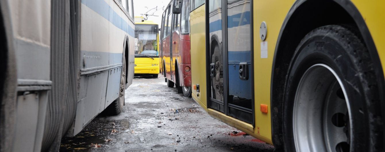 В окупованому Севастополі через брак електроенергії зупинили тролейбуси