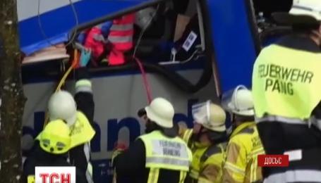 Кількість жертв залізничної катастрофи у Німеччині зросла до 11
