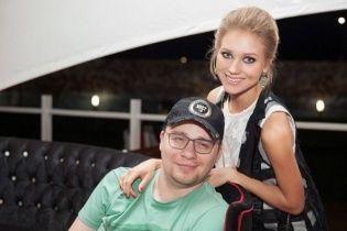 Дружина Харламова прокоментувала свою екстрену госпіталізацію
