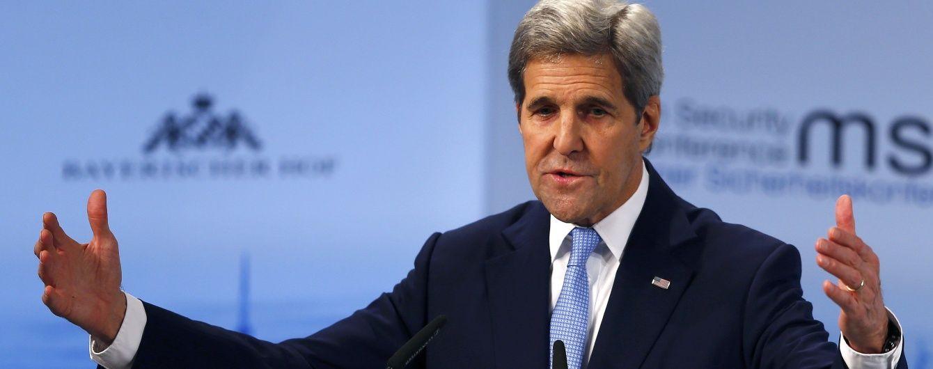 Керрі закликав РФ і Сирію зупинити бойові дії в районі Алеппо