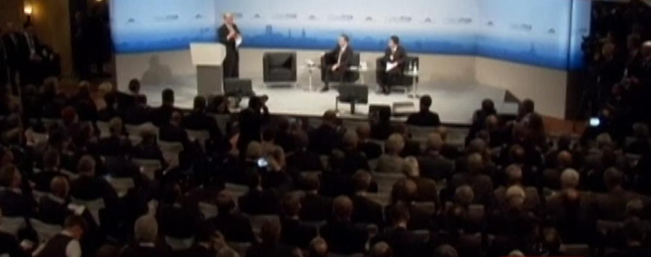 Порошенко усамітнився з проросійським німецьким політиком