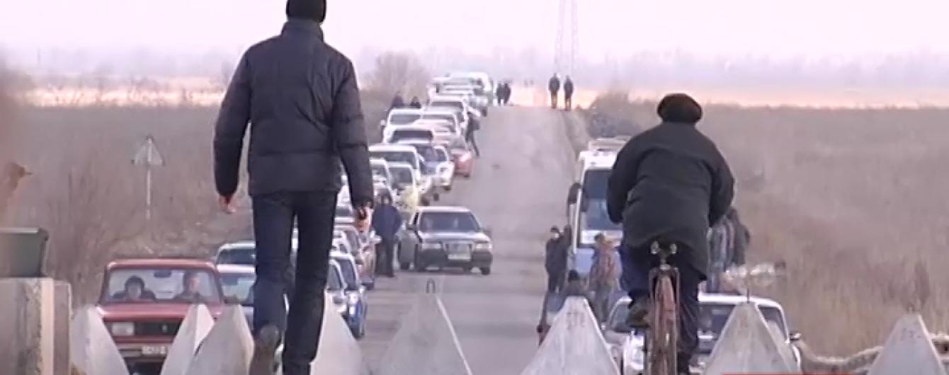 У зоні АТО закрито ще два пункти пропуску на окуповану територію