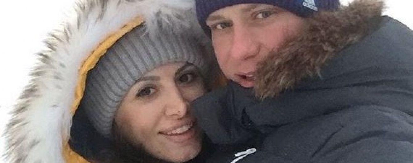 Квіти та ніжні спогади: як українські футболісти привітали своїх половинок із Днем Валентина