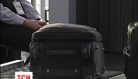 Сотрудник службы безопасности Борисполя обворовал пассажирку