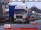 Більше половини регіонів України призупинили акцію з блокування фур з російськими номерами