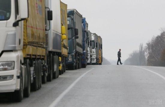 На Одещині відкрили дороги для вантажівок