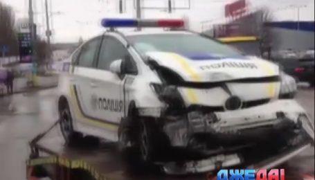 На День влюбленных столичные полицейские разбили свой Prius