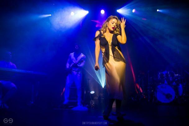 Концерт Тіни Кароль у Мінську транслювався в прямому ефірі