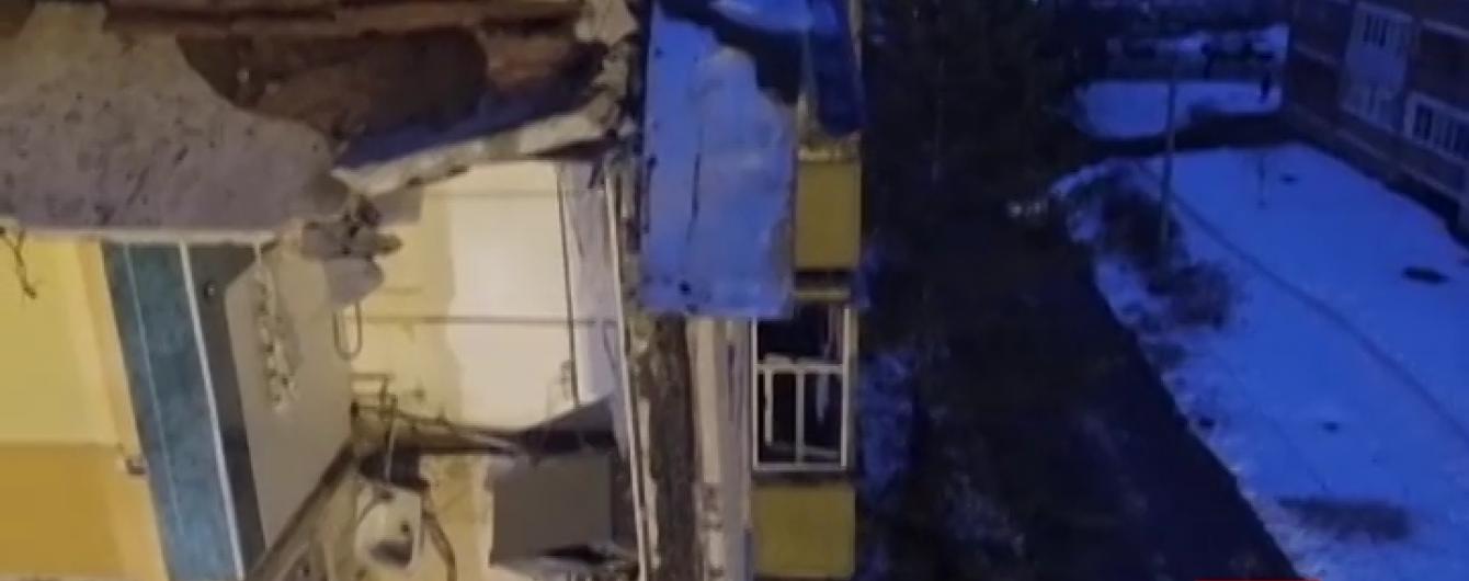 Кількість загиблих унаслідок обвалу під'їзду в російському Ярославлі зросла