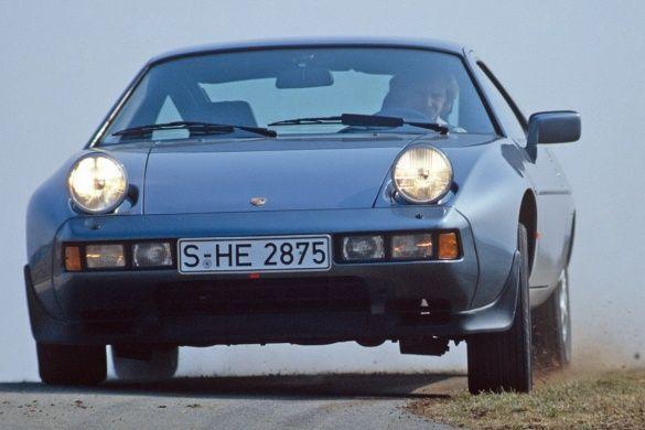 Porsche 928_8