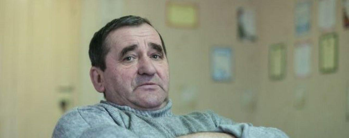Мочат укров как надо. Керівник дитячого клубу у Білорусі розповів про підтримку Гіві та Мотороли