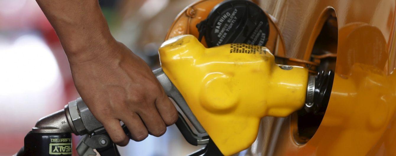 Ціни на бензин поповзли вгору. Середня вартість пального 15 серпня