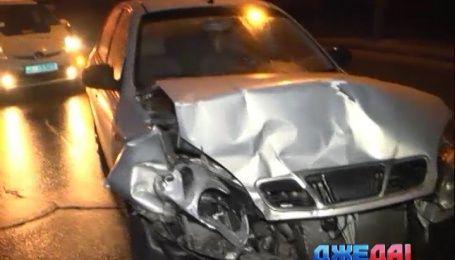 За ночь в столице горе-водители разбили четыре авто