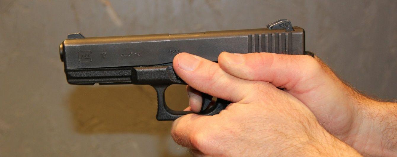 Кривава стрілянина у Мічигані : чоловік із авто вбив сімох перехожих