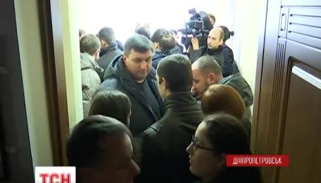 Неизвестные заблокировали кабинеты заместителей городского головы в Днепропетровске