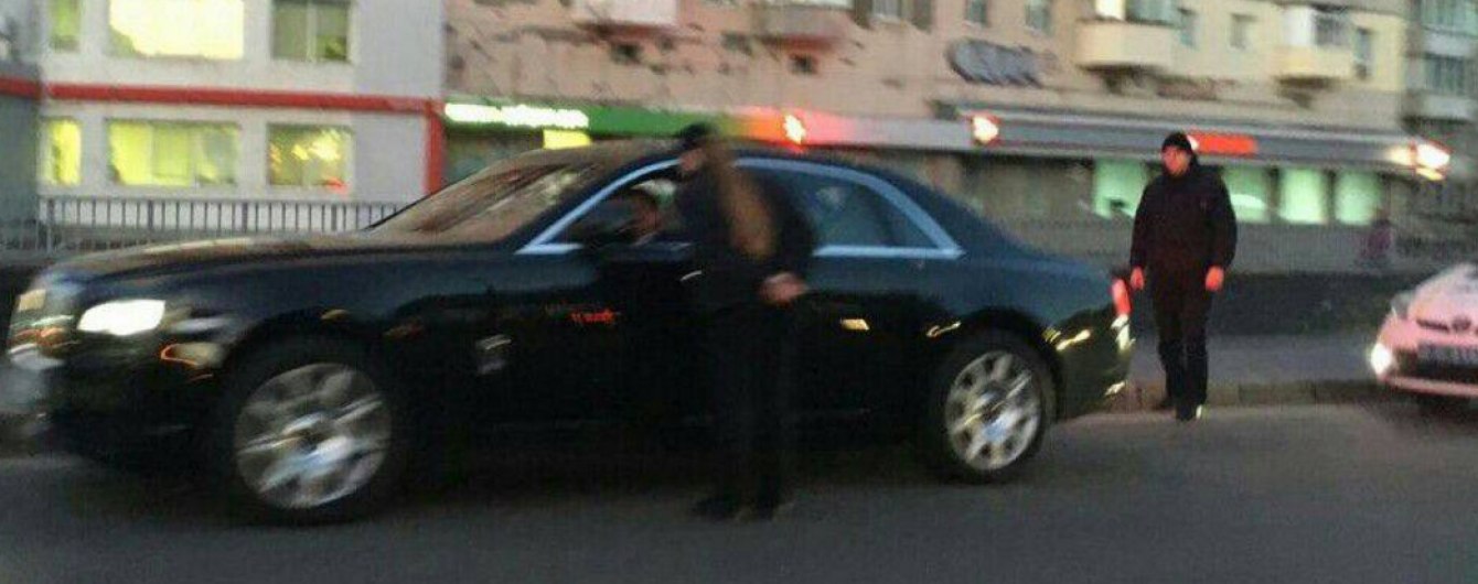 У Києві полісмени оштрафували водія Rolls-Royce