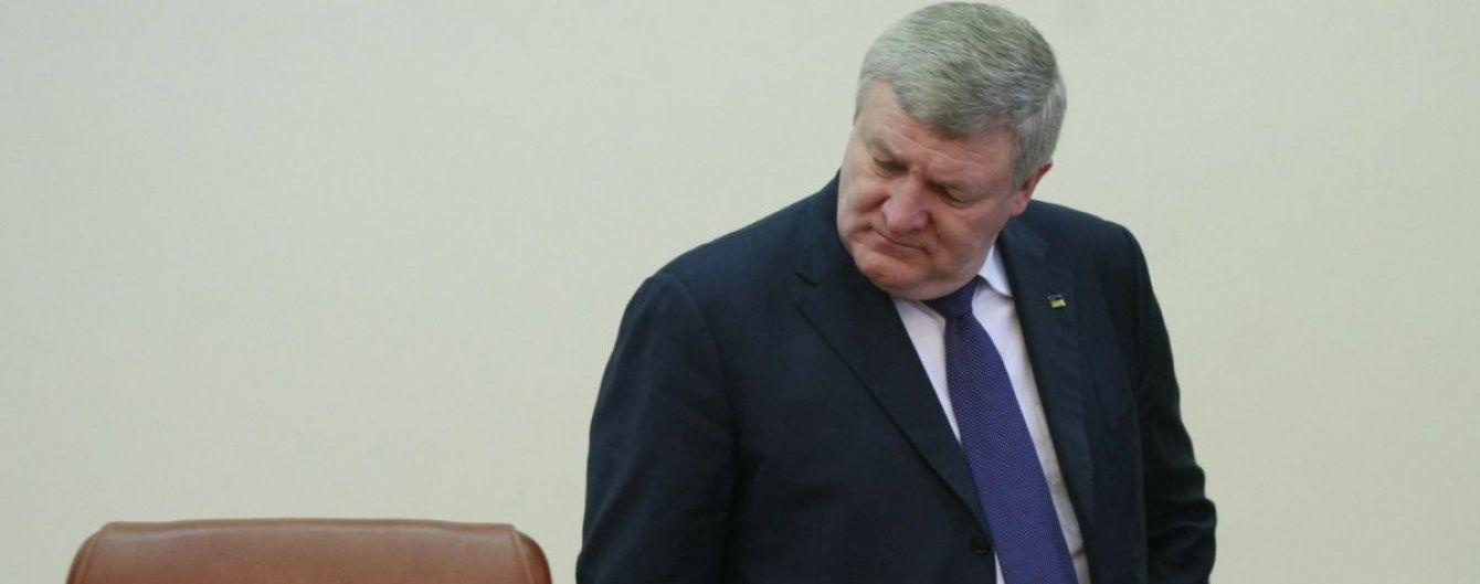 Екс-міністр оборони Єжель погодився свідчити у справі щодо знищення армії