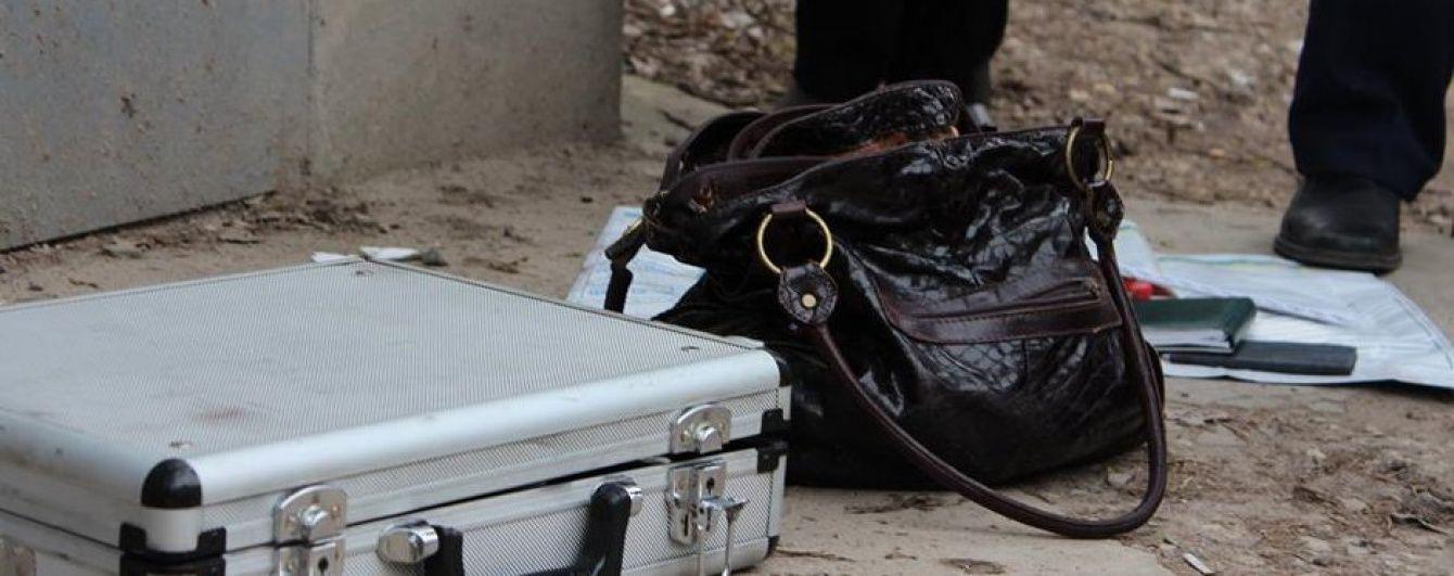 На Волині грабіжники вкрали у жінки сумку з мільйоном гривень