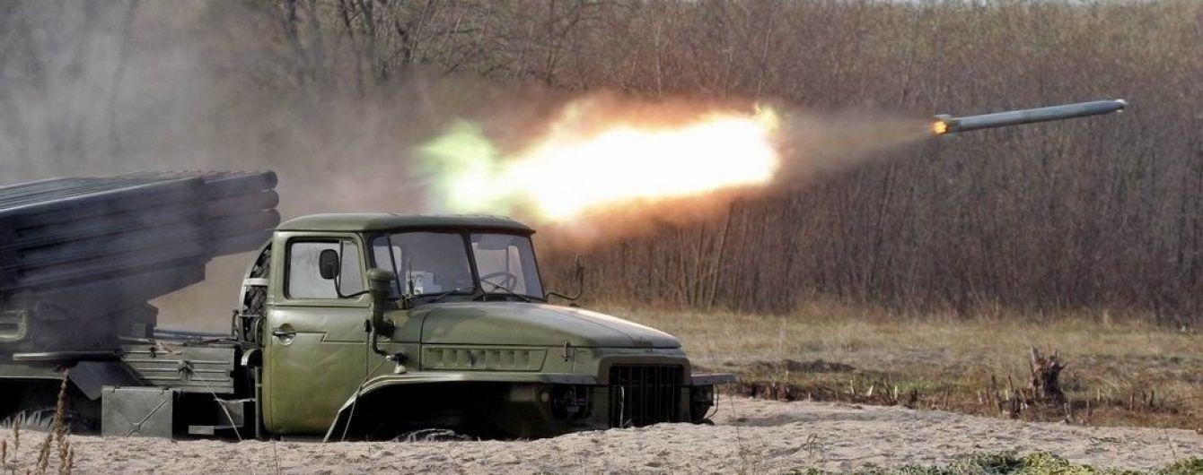 """Бойовики застосували """"Град"""" біля руїн Донецького аеропорту"""