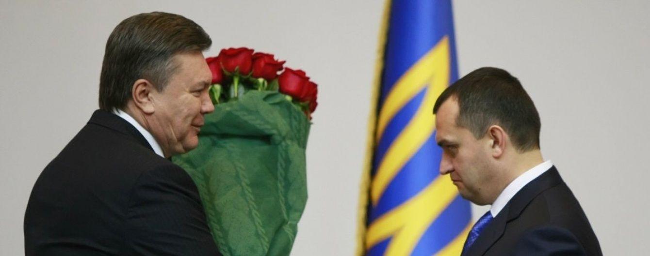 """Екс-міністр Захарченко знову """"сплив"""" і заступився за Януковича"""