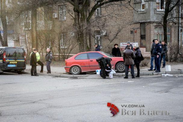 У Запоріжжі злодії потрапили у ДТП, втікаючи від пограбованого чоловіка