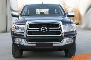 В Сети появились фото китайского клона пикапа Toyota Tundra