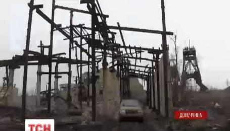 Українські військові змушені відбивати ворожі атаки під Донецьком