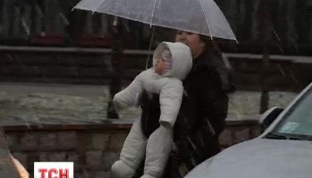 Синоптики обещают украинцам в эти выходные дождь с мокрым снегом и заморозки