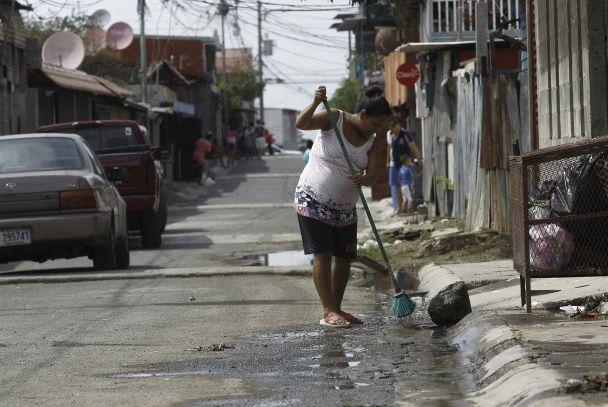 Сміття, вогонь, дезинфекція. Як долають вірус Зіка в Коста-Риці