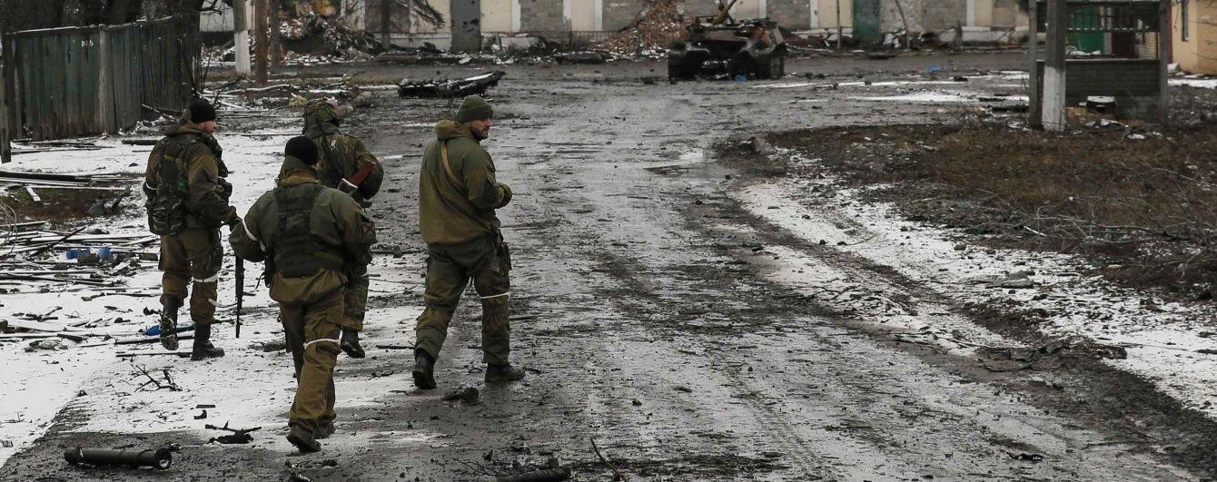 Ніч в АТО: неспокійне передмістя Донецька і активізація бойовиків біля Мар'їнки