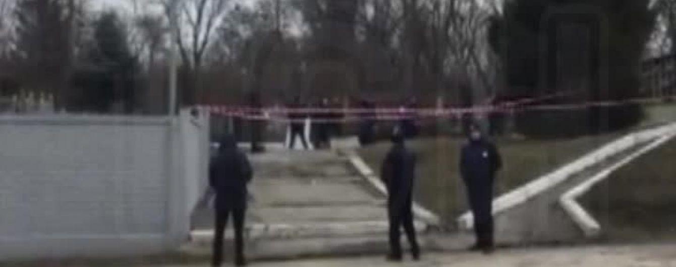 Тіло вбитого харківського бізнесмена Димента забрали з кладовища