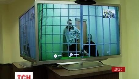 Перед этапированием в Якутию, Олега Сенцова неделю продержали в подвале в Челябинском СИЗО