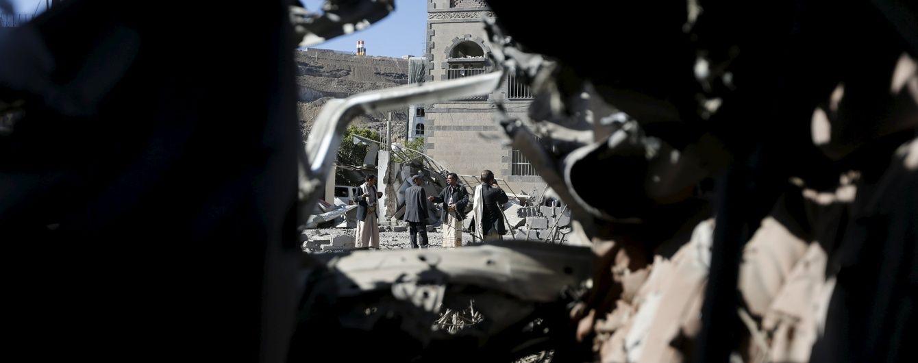 """У Ємені військові відбили місто Ель-Мукалла у """"Аль-Каїди"""""""