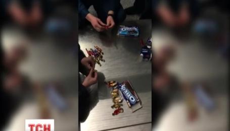 СБУ викрила групу наркокур'єрів, що перевозили кокаїн у цукерках