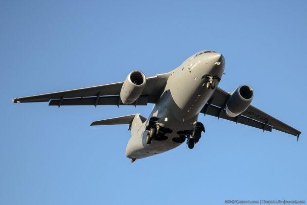 Ан-178 у небі. Новий український літак випробували у Гостомелі