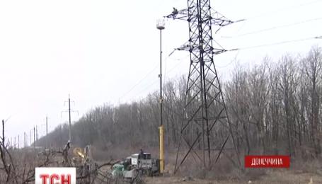 На границе с оккупированной Горловкой стрелки боевиков не дают передышки украинским бойцам