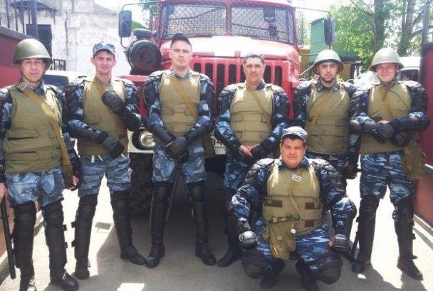 """Хакери """"злили"""" фотодокази участі у війні на Донбасі з телефону російського спецпризначенця"""