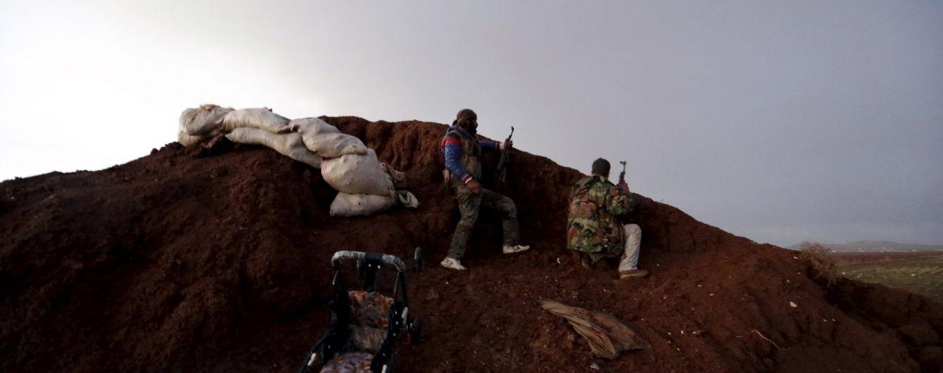 У Сирії бойовиків ІД відкинули в околицях Ракки