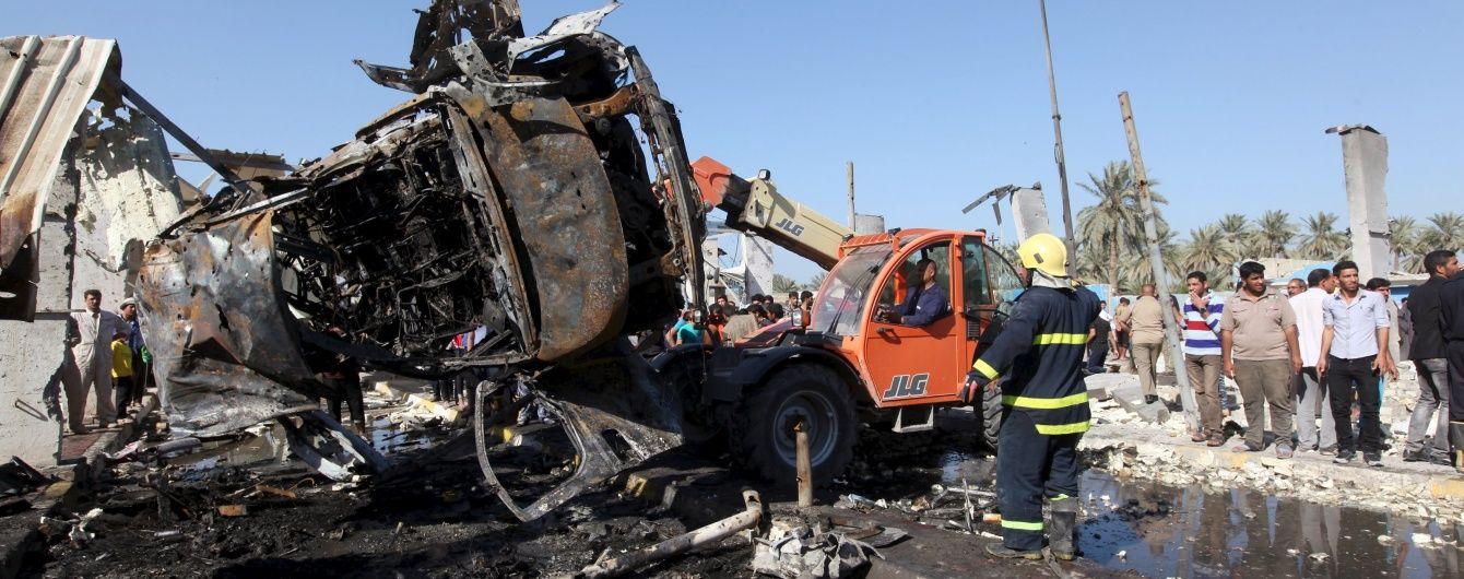Кривавий подвійний теракт на півдні Іраку: загинули понад 30 людей