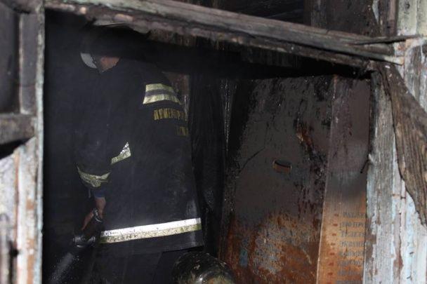 """На Житомирщині невідомі вночі спалили будинок депутата від """"Батьківщини"""""""