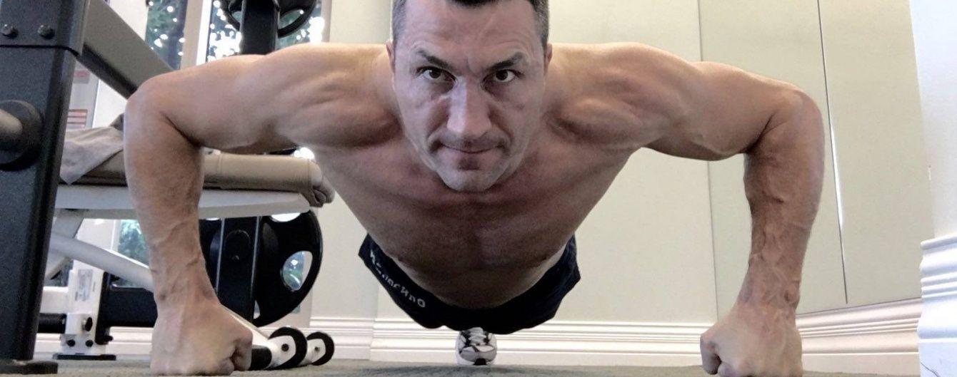 Кличко показав, як тримає себе в формі перед реваншем із Ф'юрі