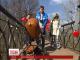 У Києві відкрили оновлений міст закоханих