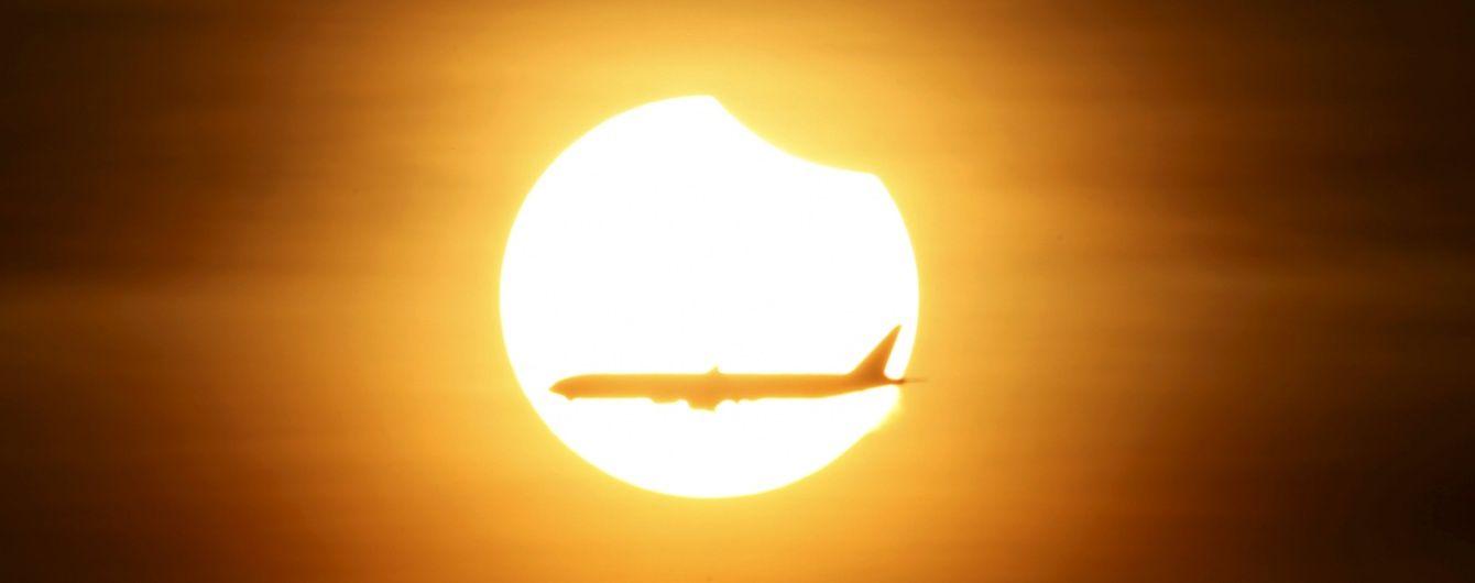 Індонезію накрило повне сонячне затемнення