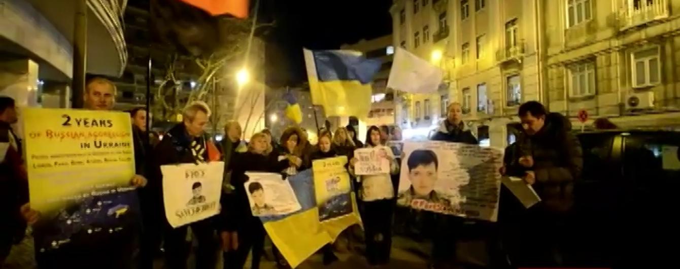 Світова спільнота і деякі російські зірки вимагають звільнення Савченко